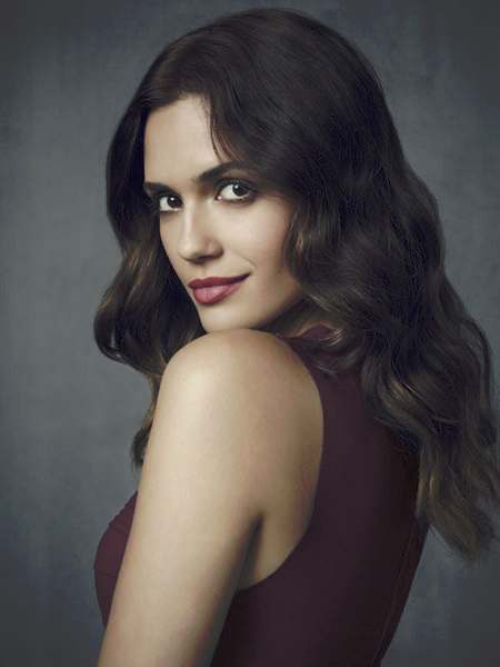 Photo Torrey DeVitto