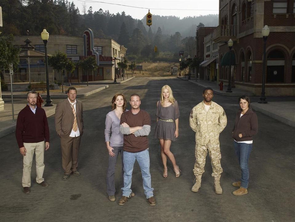 Persons Unknown : Photo Alan Ruck, Chadwick Boseman, Daisy Betts, Jason Wiles, Kate Lang Johnson