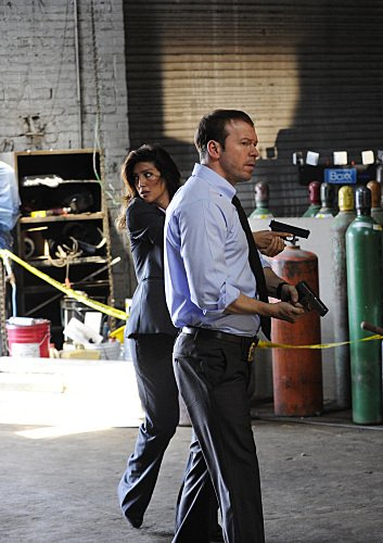 Photo Donnie Wahlberg, Jennifer Esposito