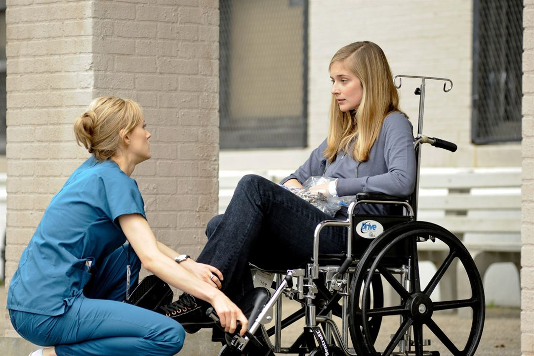Mercy Hospital : Photo Caitlin Fitzgerald, Taylor Schilling