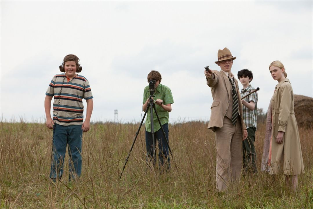 Super 8 : Photo Elle Fanning, Gabriel Basso, Joel Courtney, Riley Griffiths, Zach Mills