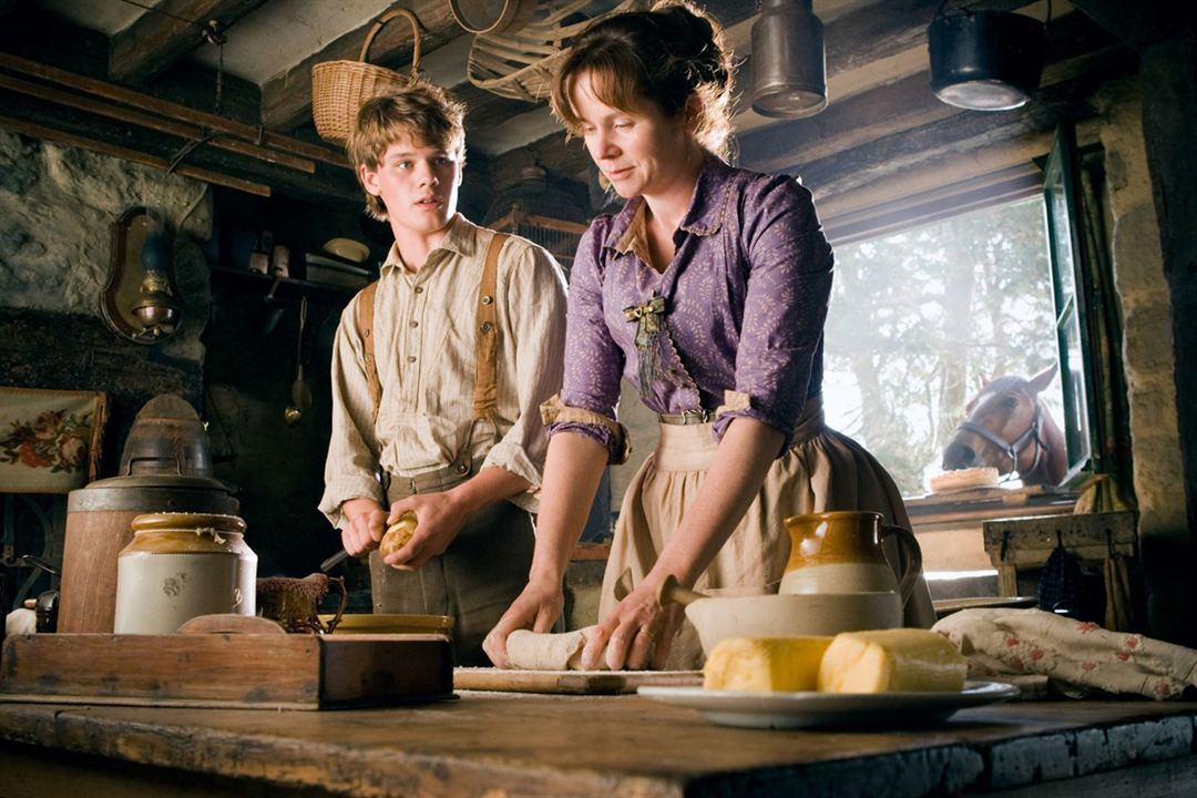 Cheval de guerre : Photo Emily Watson, Jeremy Irvine