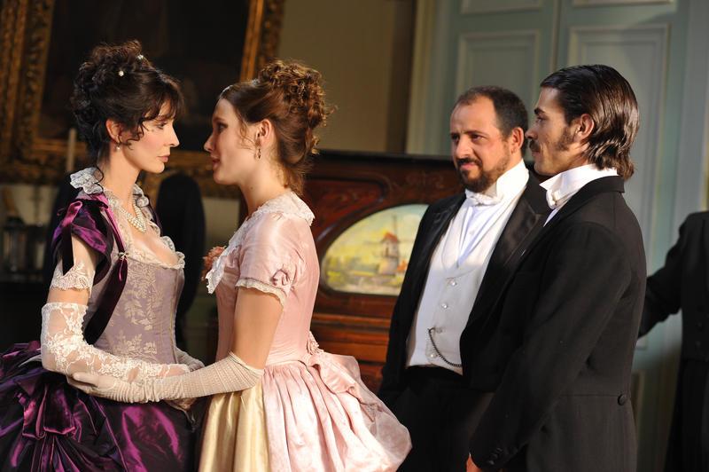 Photo Ana Girardot, Anne Parillaud, Benoît Tachoires, Félicien Juttner