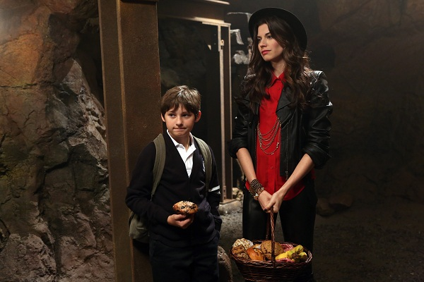 Photo Jared Gilmore, Meghan Ory