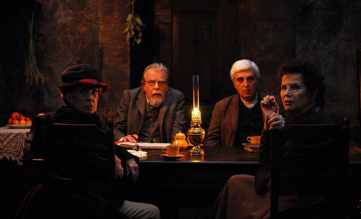 Gebo et l'ombre : Photo Claudia Cardinale, Jeanne Moreau, Luís Miguel Cintra, Michael Lonsdale