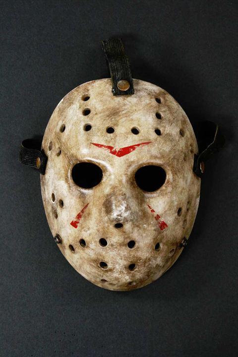 "Le masque de Hockey de Jason dans la saga ""Vendredi 13"""