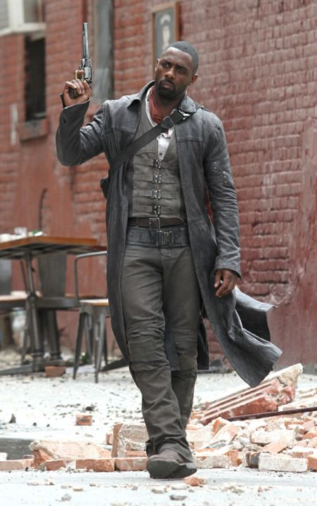 Idris Elba et Jackie Earle Haley s'affrontent sur le tournage de La Tour Sombre