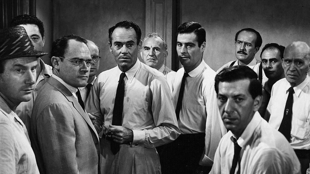 Le jury (12 hommes en colère)
