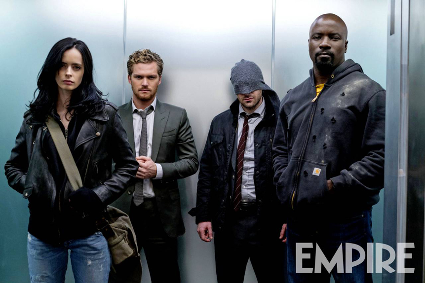 Jessica Jones, Iron Fist, Daredevil et Luke Cage prennent l'ascenseur