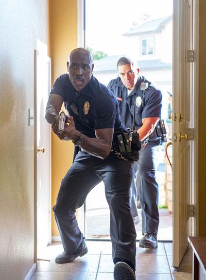 """Morris Chestnut enfile le costume de policier dans le thriller """"The Call""""."""