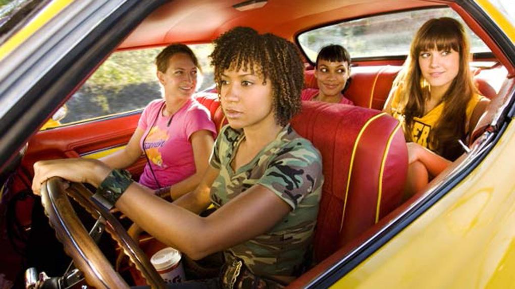 "Zoë Bell, Tracie Thoms, Rosario Dawson et Mary Elizabeth Winstead dans ""Boulevard de la mort"" (2007)"