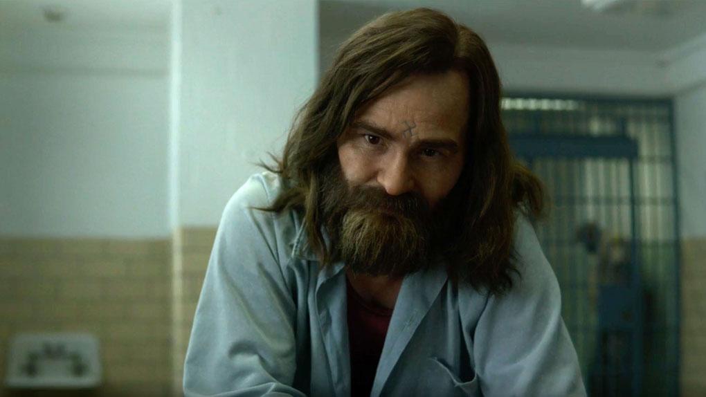 Charles Manson (Damon Herriman)