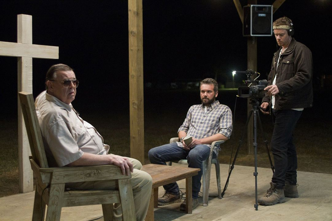 The Sacrament : Photo AJ Bowen, Gene Jones, Joe Swanberg