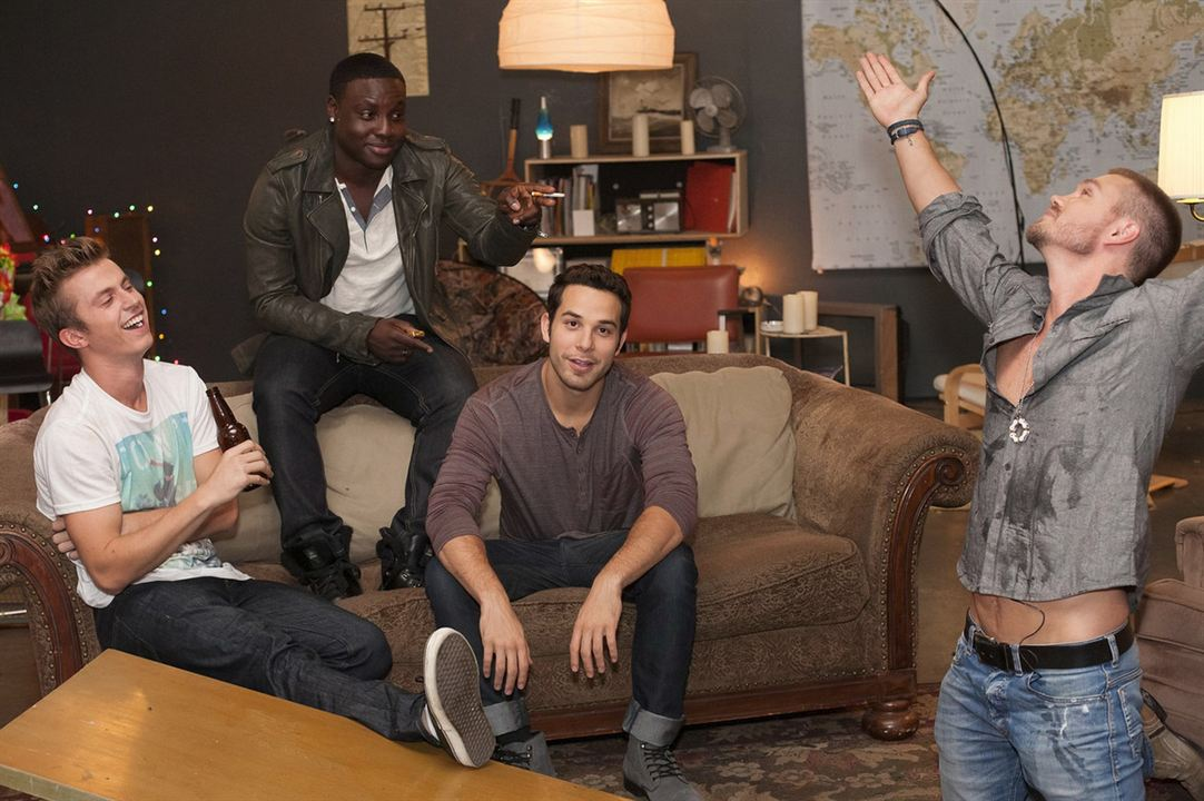 Cavemen : Photo Chad Michael Murray, Dayo Okeniyi, Kenny Wormald, Skylar Astin