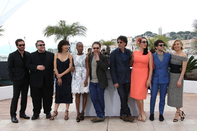 Photo promotionnelle Ethan Coen, Guillermo del Toro, Jake Gyllenhaal, Joel Coen, Rokia Traoré