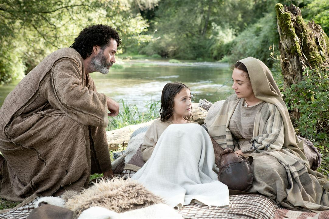 The Young Messiah : Photo Adam Greaves-Neal, Sara Lazzaro, Vincent Walsh