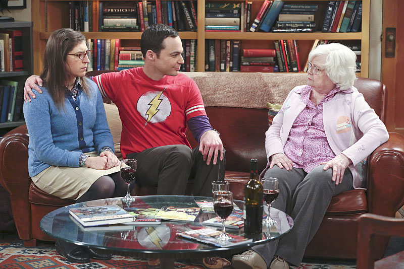 Photo Jim Parsons, June Squibb, Mayim Bialik