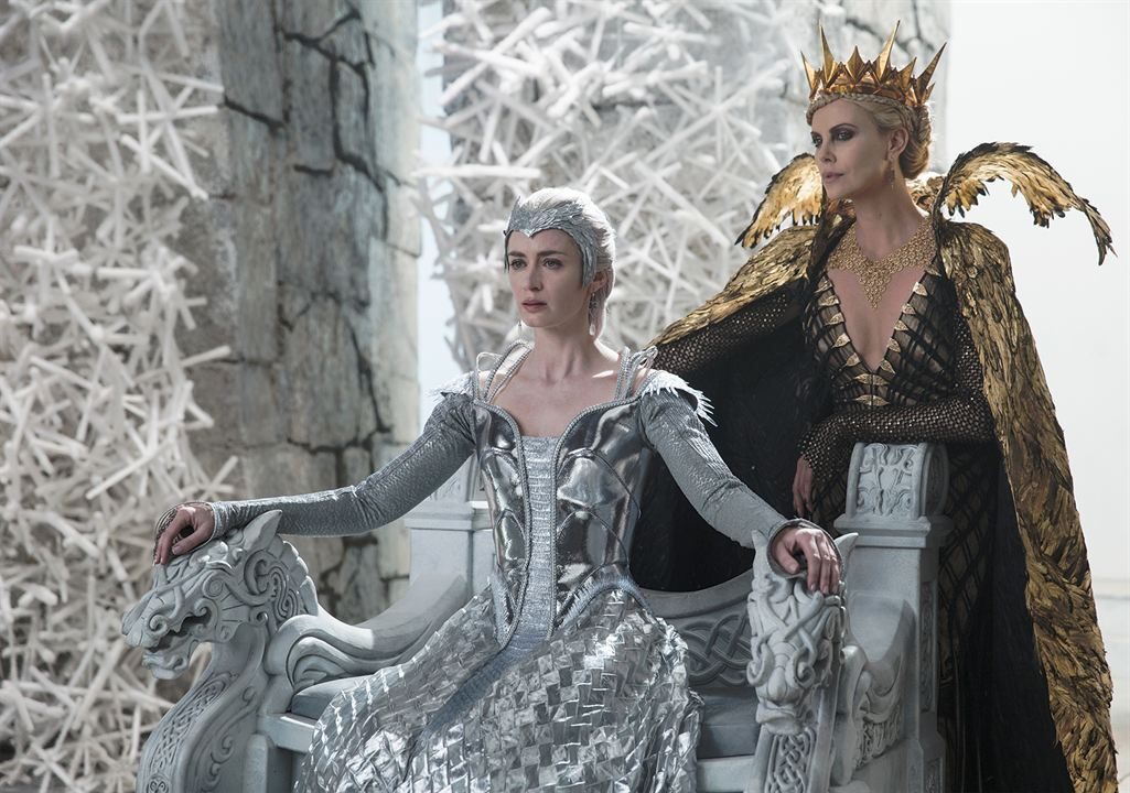 Le Chasseur et la reine des glaces : Photo Charlize Theron, Emily Blunt