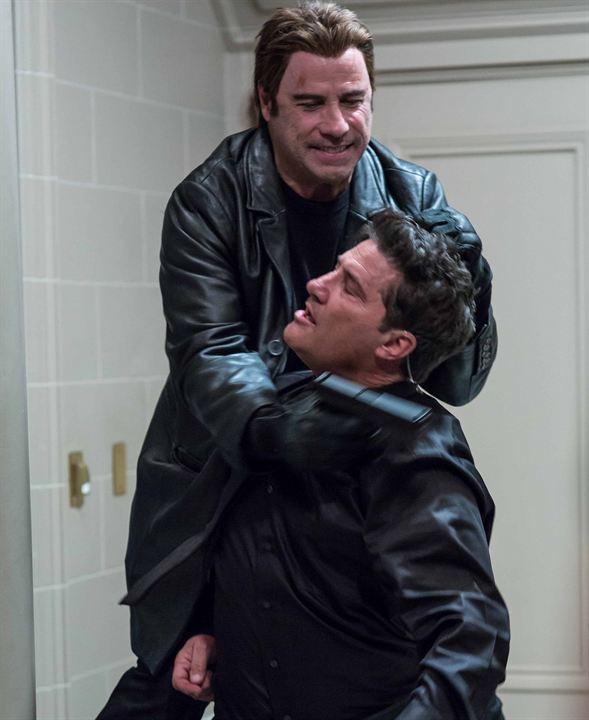 The Revenge : Photo John Travolta