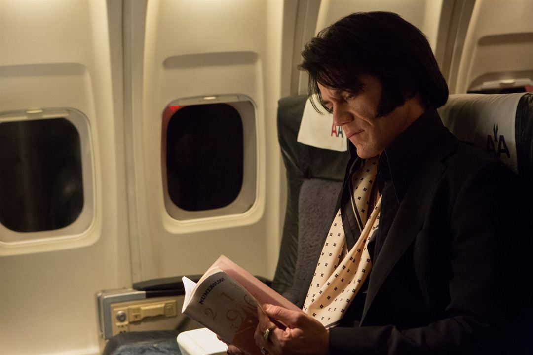 Elvis & Nixon : Photo Michael Shannon