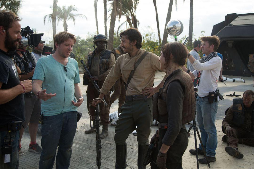 Rogue One: A Star Wars Story : Photo Diego Luna, Felicity Jones, Gareth Edwards (V)