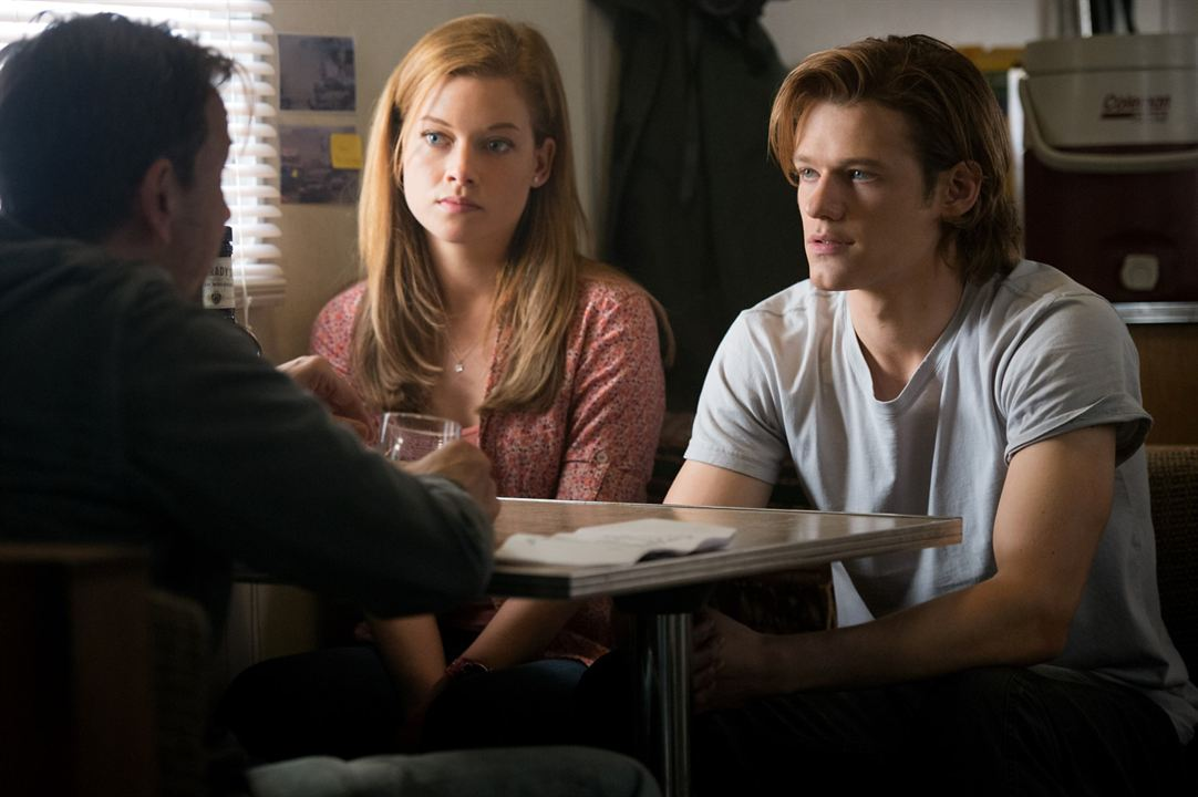 Monster Cars : Photo Jane Levy, Lucas Till