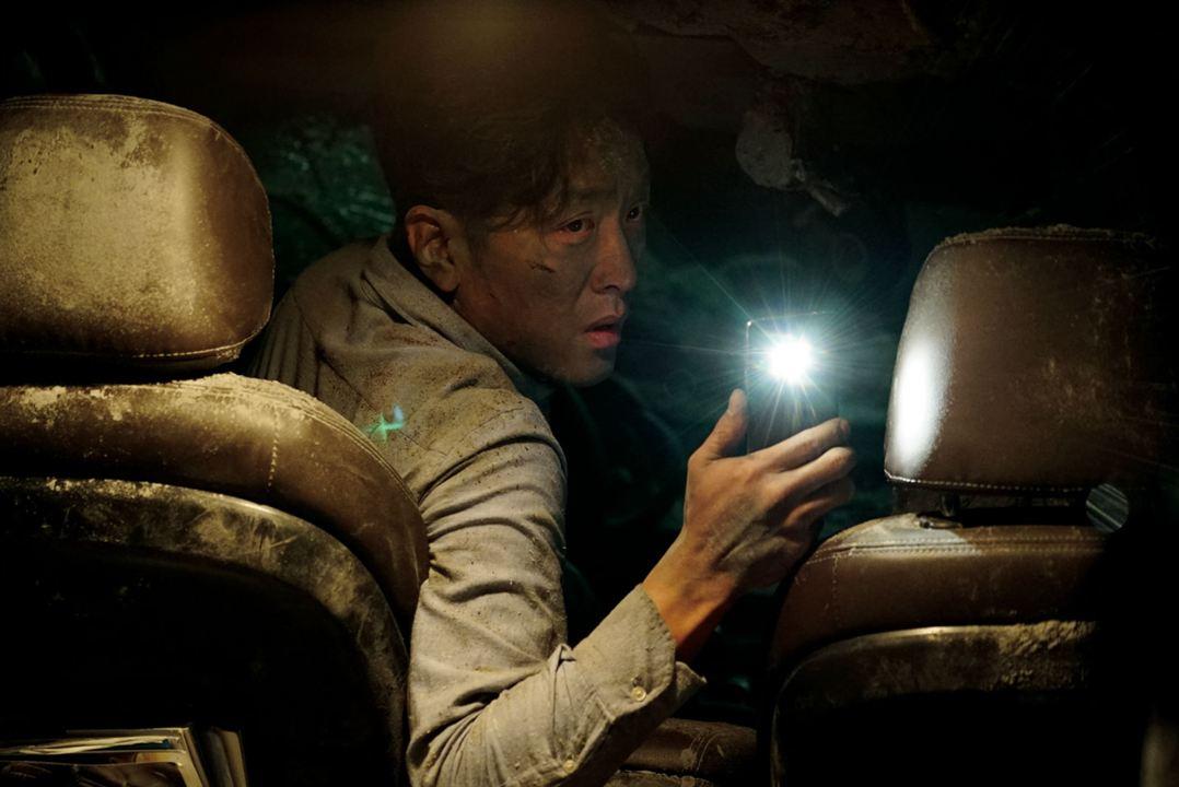 Tunnel : Photo Ha Jung-Woo