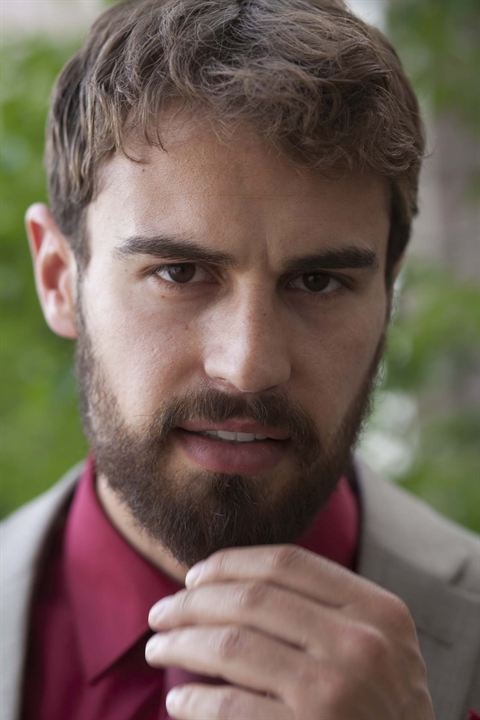 War on Everyone : Photo Theo James