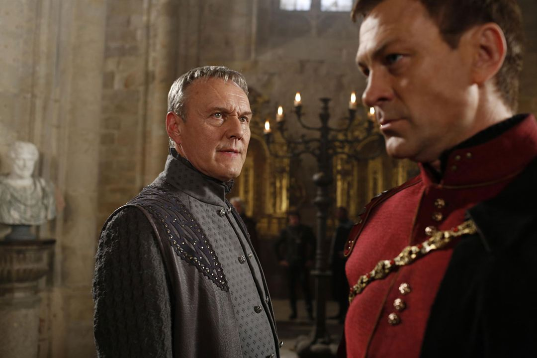 Photo Anthony Head, Grant Bowler