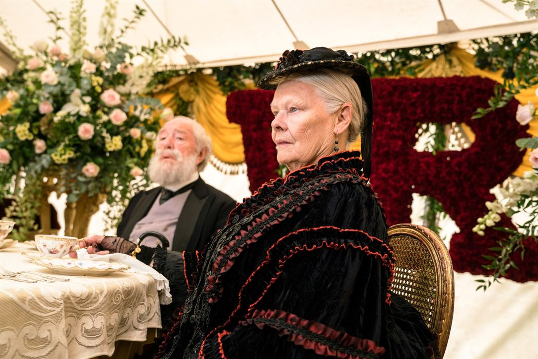 Confident Royal : Photo Judi Dench, Michael Gambon