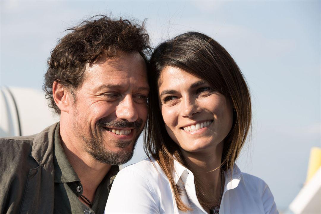 Une Famille italienne : Photo Stefano Accorsi, Valeria Solarino