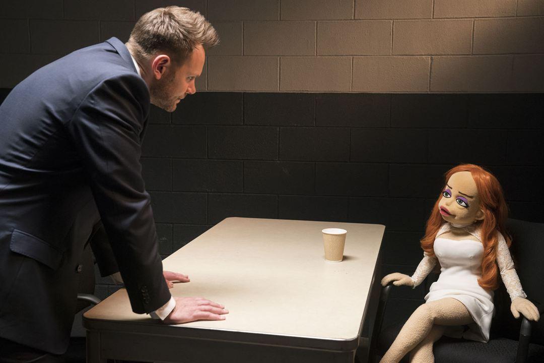 Carnage chez les Puppets : Photo Joel McHale