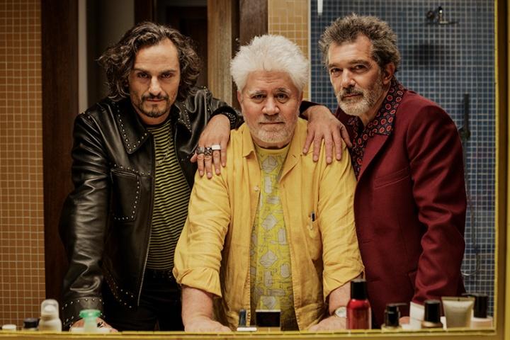 Douleur et gloire : Photo promotionnelle Antonio Banderas, Asier Etxeandia, Pedro Almodóvar