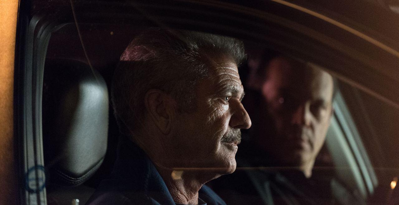 Traîné sur le bitume : Photo Mel Gibson