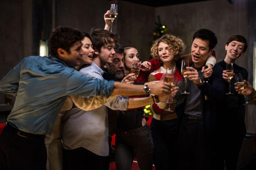 Les Traducteurs : Photo Alex Lawther, Anna Maria Sturm, Eduardo Noriega, Manolis Mavromatakis, Maria Leite