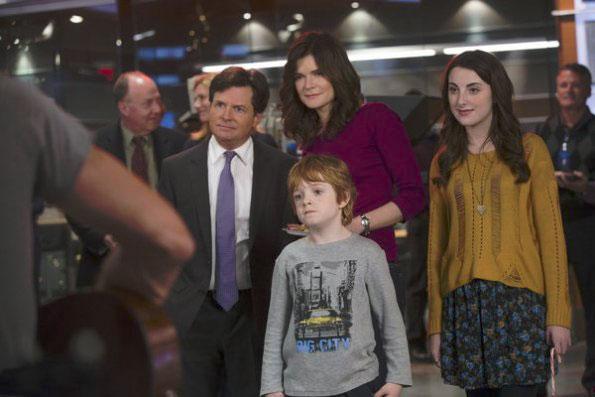 Photo Betsy Brandt, Jack Gore, Juliette Goglia, Michael J. Fox
