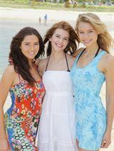 Lightning Point (Alien Surf Girls) en Streaming gratuit sans limite   YouWatch Séries en streaming