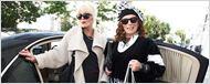 Absolutely Fabulous : Jennifer Saunders et Joanna Lumley trinquent sur la 1ère photo de tournage