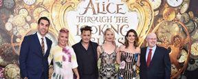 Alice : Johnny Depp, Mia Wasikowska et Anne Hathaway passent de l'autre côté du miroir pour la première américaine
