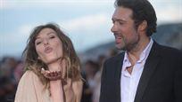 Cabourg 2019 : Nora Hamzaoui, Juliette Binoche et Nicolas Bedos sur les marches du Festival du film romantique