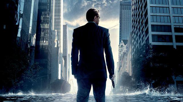 Non, vous ne rêvez pas... Le film de Christopher Nolan n'est pas parfait ! Presque parfait, mais avec quelques faux raccords.