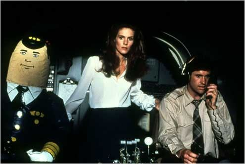 Y a-t-il un pilote dans l'avion ? : photo Jim Abrahams, Julie Hagerty, Robert Hays