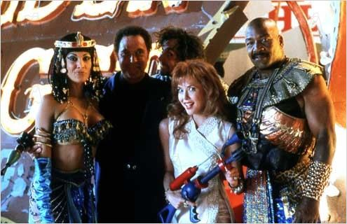 Mars Attacks! : photo Annette Bening, Jim Brown, Tim Burton, Tom Jones