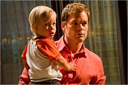 Dexter : photo Luke Andrew Kruntchev, Michael C. Hall