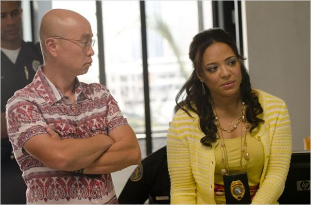 Dexter : photo C.S. Lee, Lauren Velez
