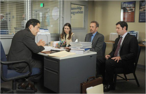 Dr House : photo Hugh Laurie, John Gloria, Jos&#233; Zuniga, Karolina Wydra