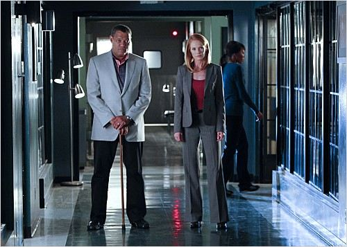 Les Experts : Photo Laurence Fishburne, Marg Helgenberger