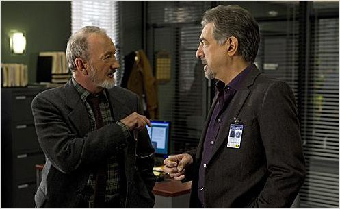 Esprits criminels : photo Joe Mantegna, Robert Englund