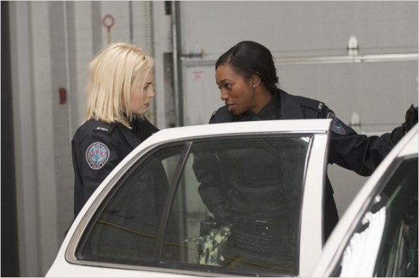 Rookie Blue : photo Charlotte Sullivan, Enuka Okuma