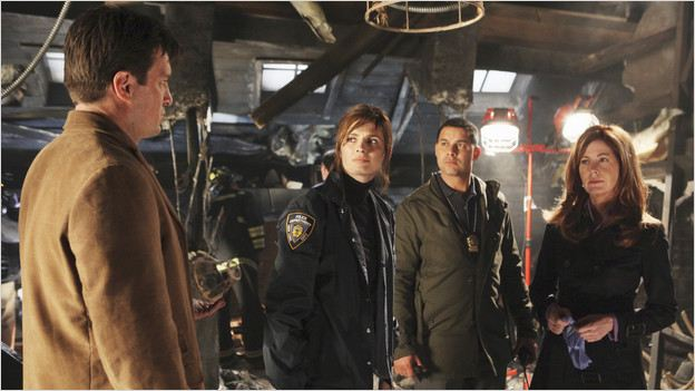 Castle : photo Dana Delany, Jon Huertas, Nathan Fillion, Stana Katic